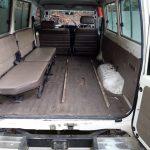 So sehen malawische Krankenwagen aus...ein leerer Wagen mit einer SItzbank