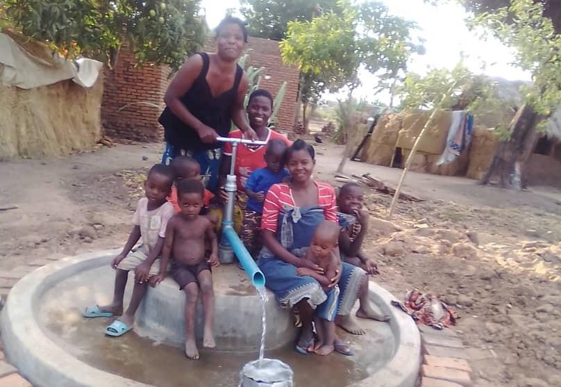 Ein Ehrenamtspreis für humanitäre Hilfen und sein Ergebnis